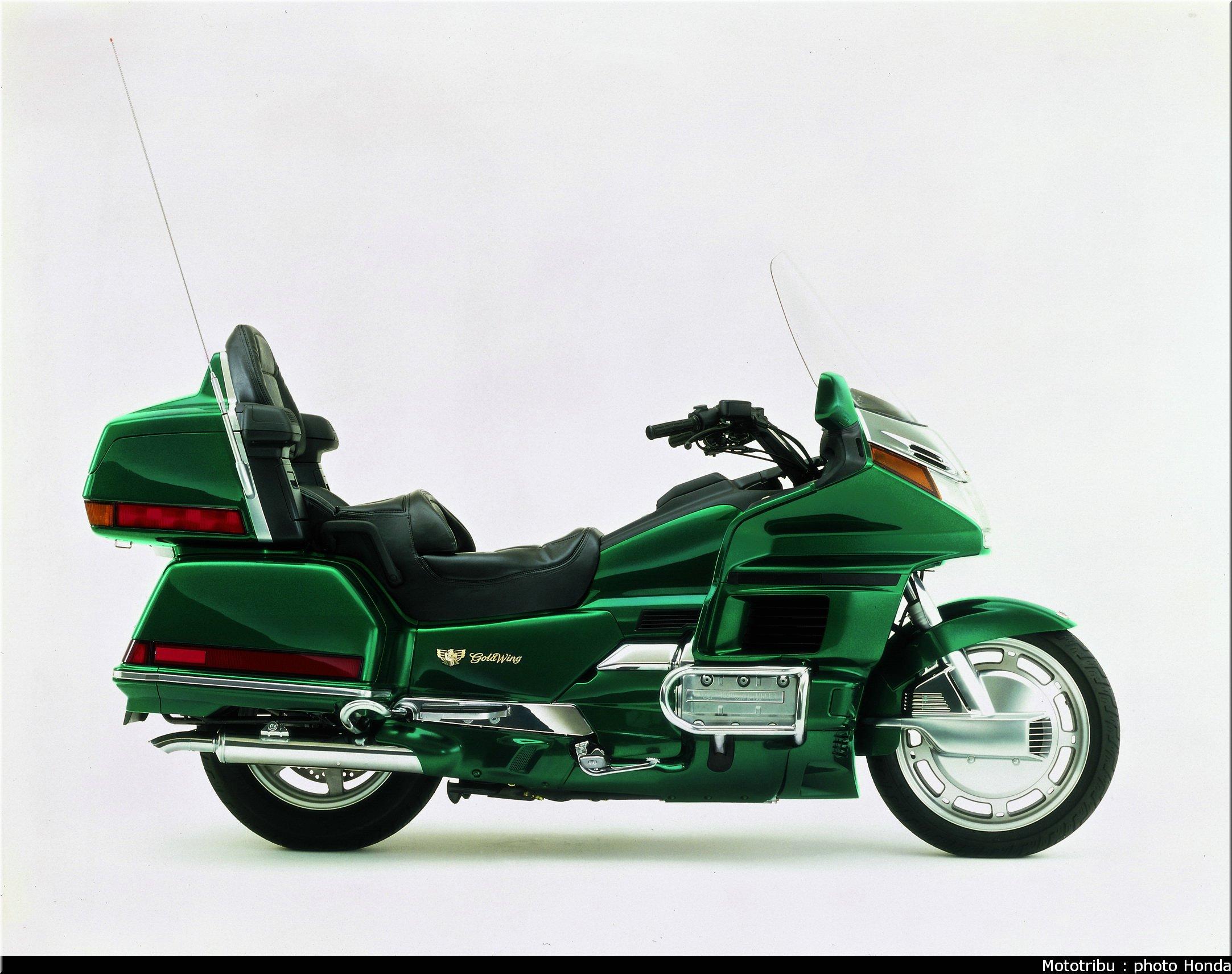 Mototribu : Honda Goldwing 1996