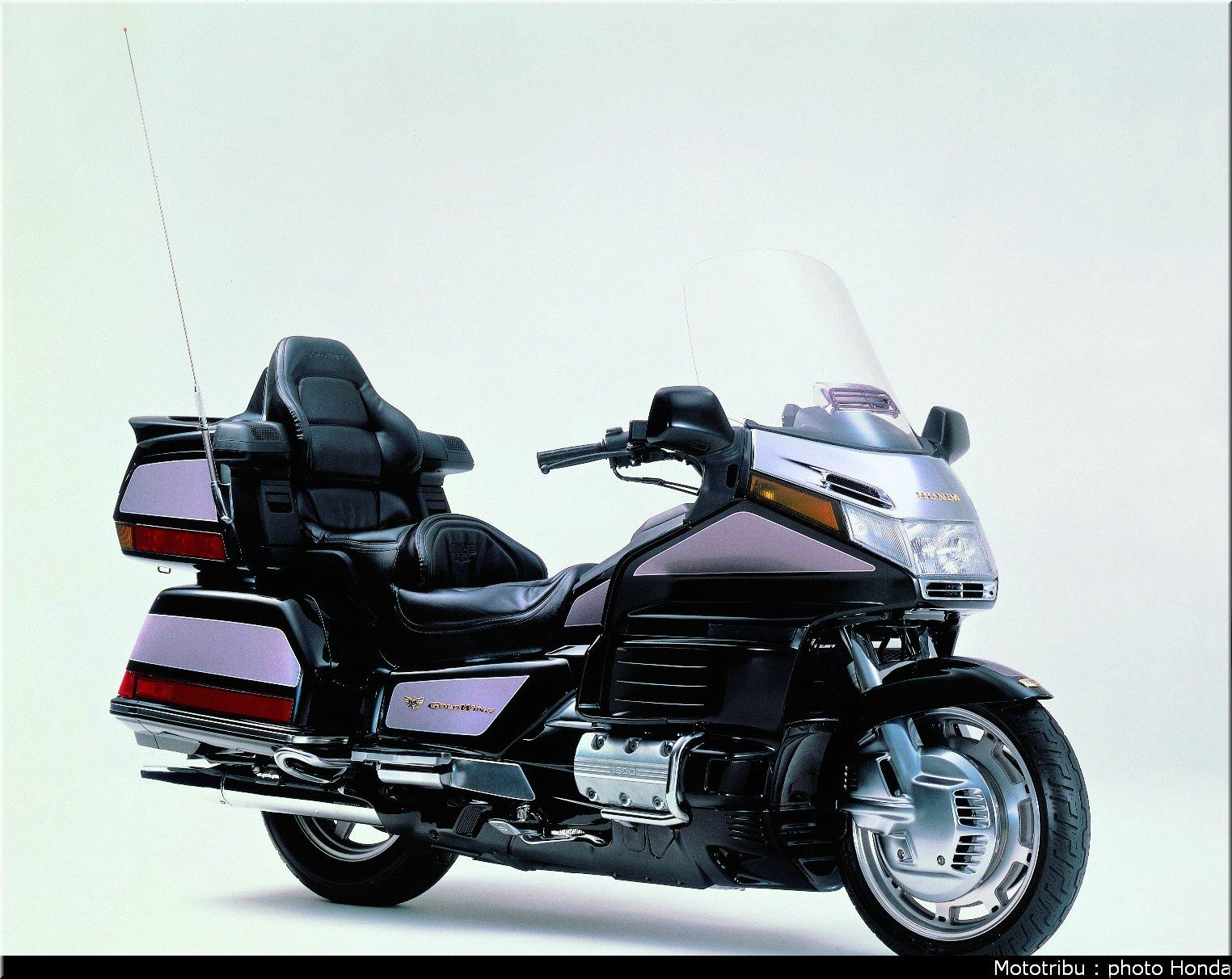 Mototribu : Honda Goldwing 1998