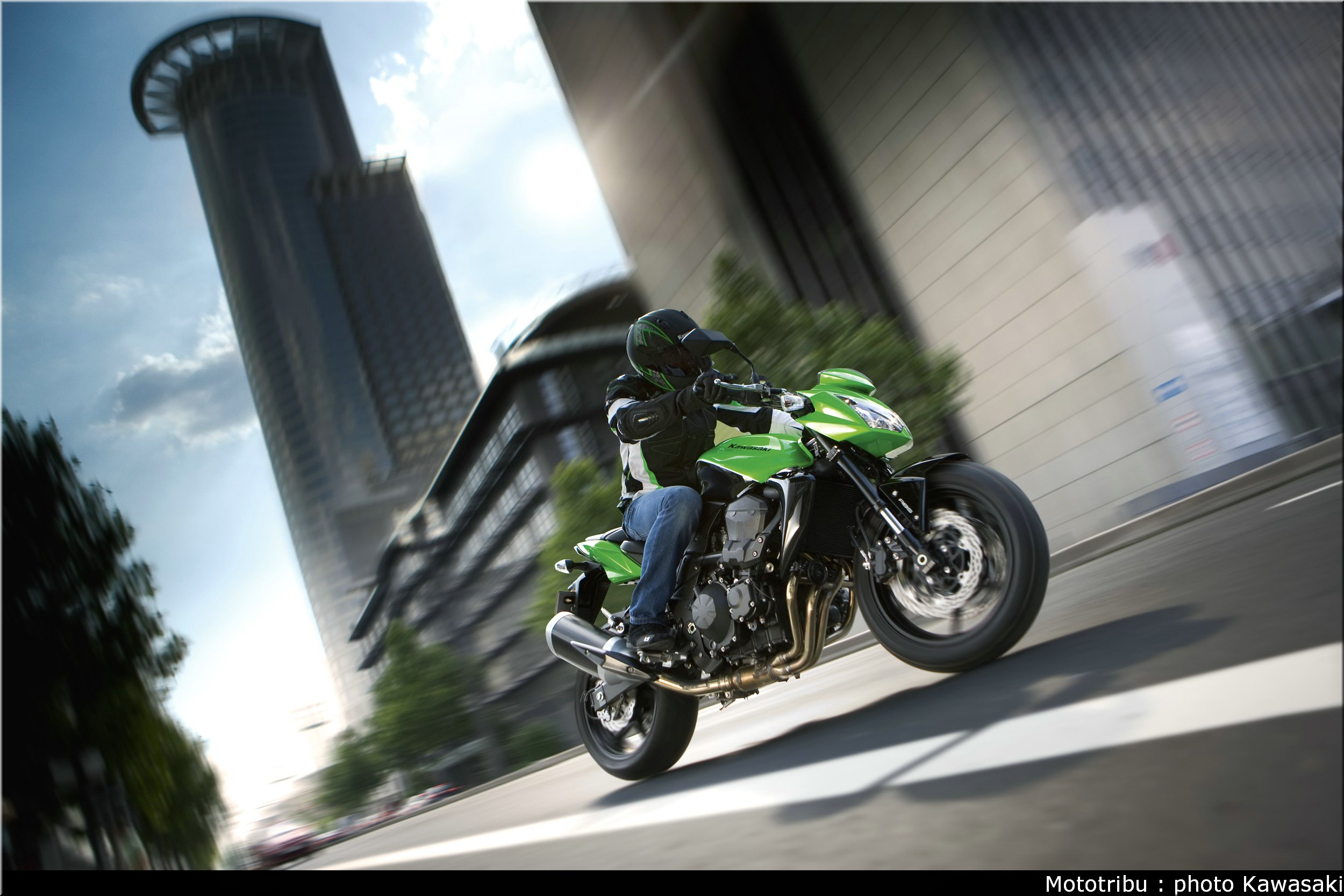 Kawasaki Z750 2009 001